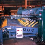 Plate Shear Conveyor with support arms to support material to the backgauge (click for larger view)